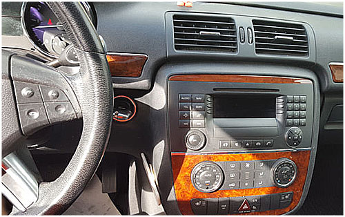 Mercedes-R-Klasse-Audio-20-Radio-2006