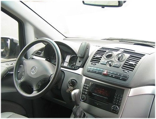 Mercedes-Viano-Audio-20-2009