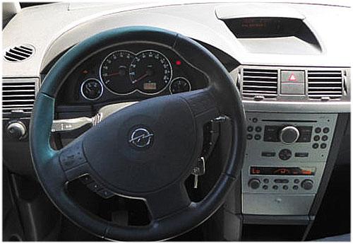 Opel-Meriva-CD30-Blaupunkt-Radio
